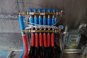 家庭地暖集水器与分水器的作用